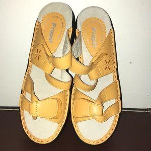 Propét Sandals size 5 NWOT